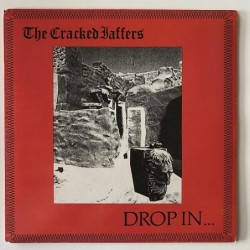 Cracked Jaffers - Drop in… K7-006